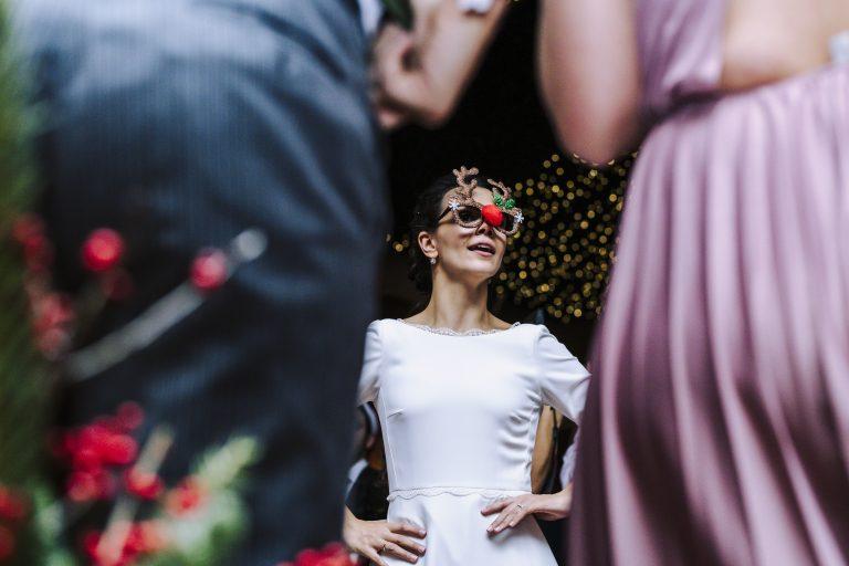 Boda Adriana y Alejandro,boda,ceremonia,vestido novia, traje de novio, detalles,matrimonio,familia,pareja,iglesia,decoracion,deblanco,pajes,gemelos,testigos,maquillaje,producto,celebracion,anillos,union,novios,fiesta, mesas,decoracion,comida,hotel eurostars montereal,la casa de monico,flores,ideas de bodas,wedding,bw,diciembre,coche bodas, anillos, gemelos,salon,recuerdos de bodas,fiesta,baile, valls,